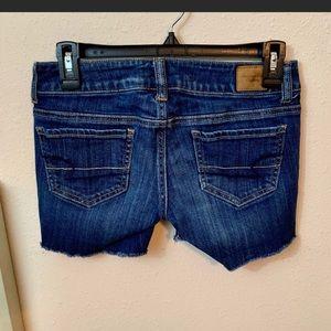 American eagle cut off jean shorts | size 0